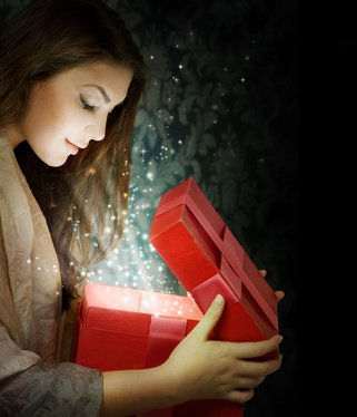 Christmas history origins of tradition giving receiving xmas gifts article origin giving christmas gifts negle Images